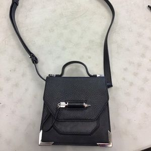 Mackage keeley arrow cross body